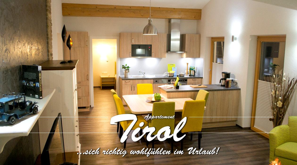 Ferienwohnung Appartment Tirol - Titelbild Küche mit Essbereich